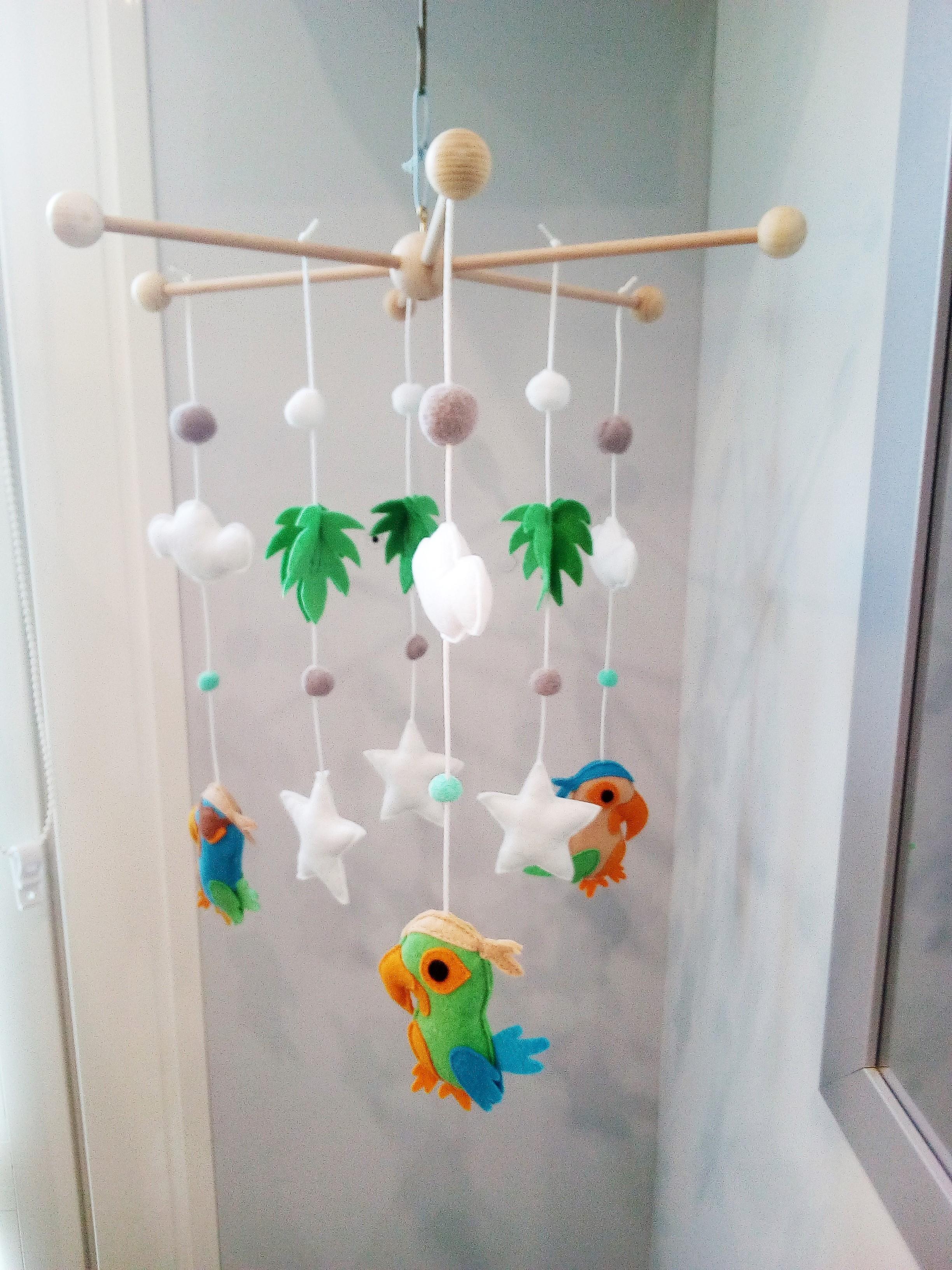 Mobile bébé perroquet pirate étoile et feuille suspension de berceau  décoration chambre bébé